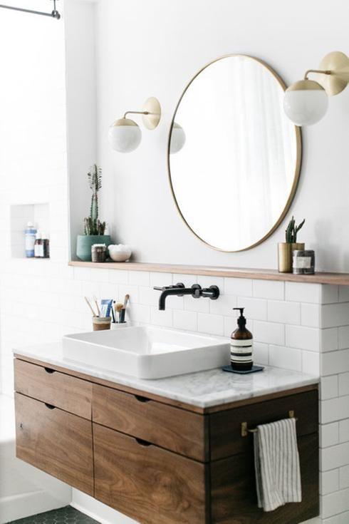 White Bathroom045
