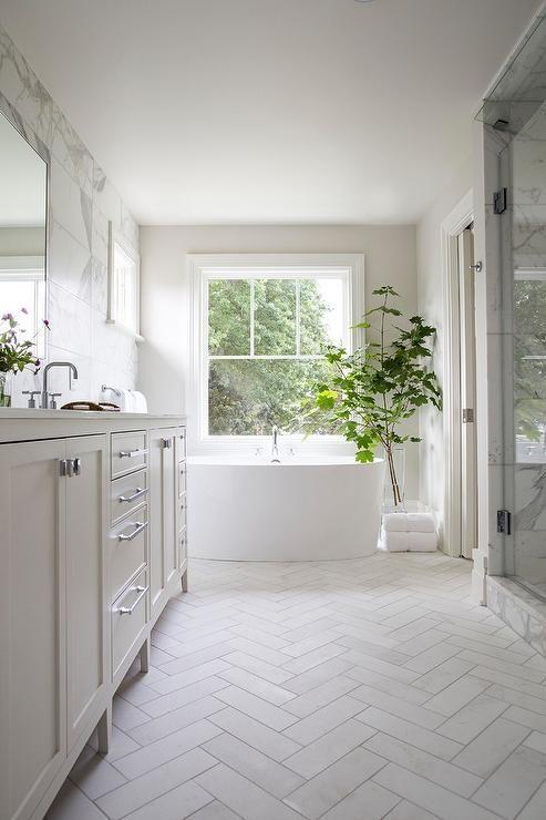 White Bathroom046