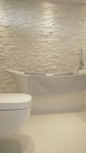 White Bathroom049