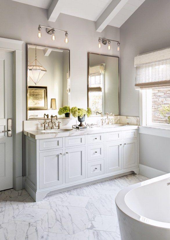 White Bathroom052