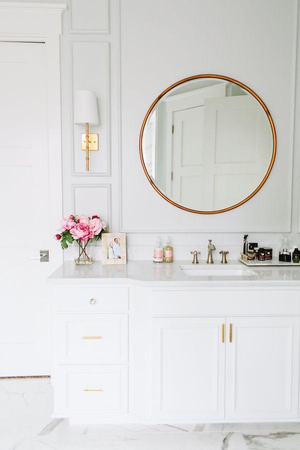 White Bathroom053