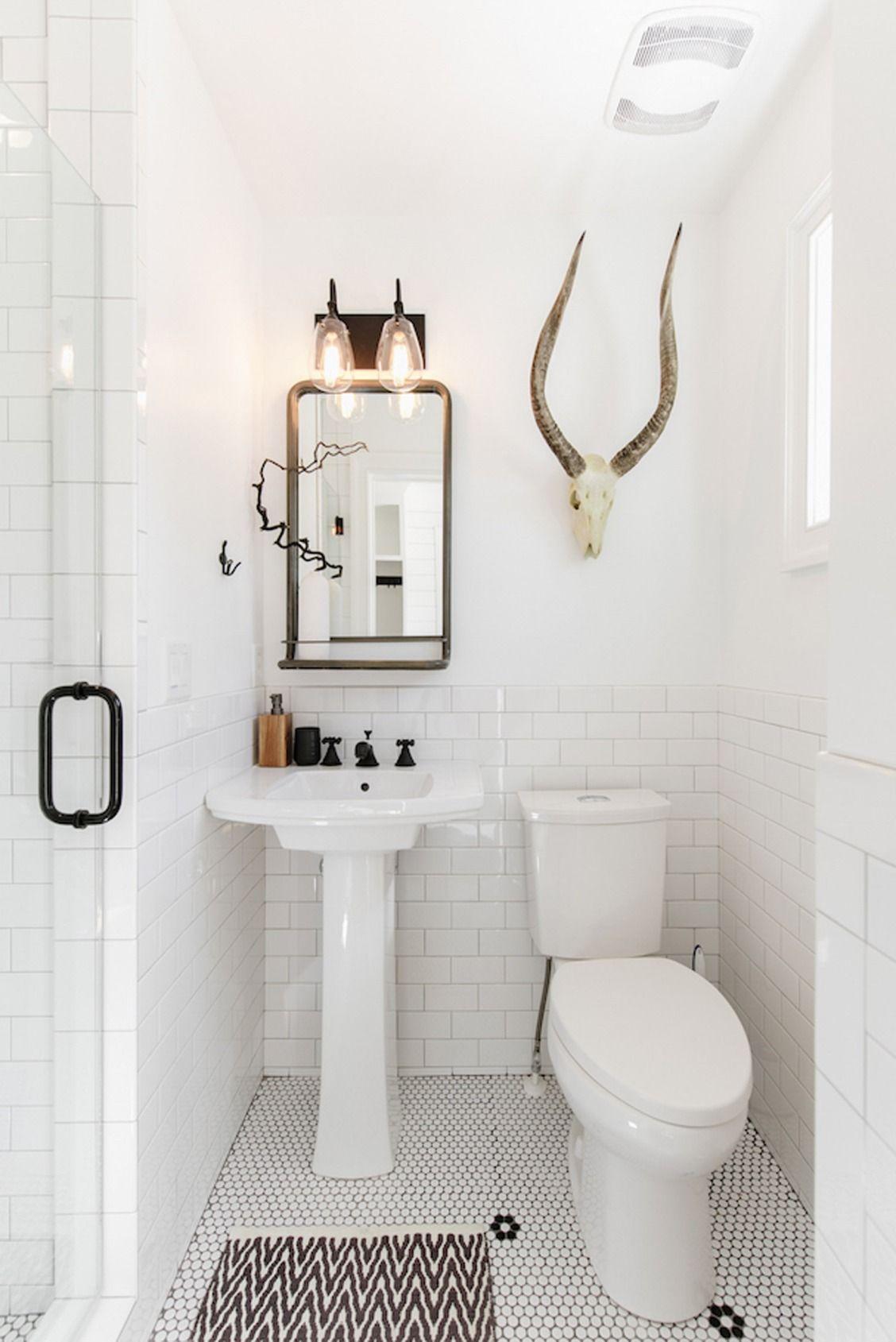 White Bathroom054