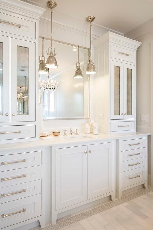 White Bathroom056