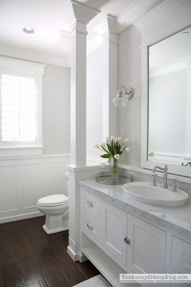 White Bathroom082