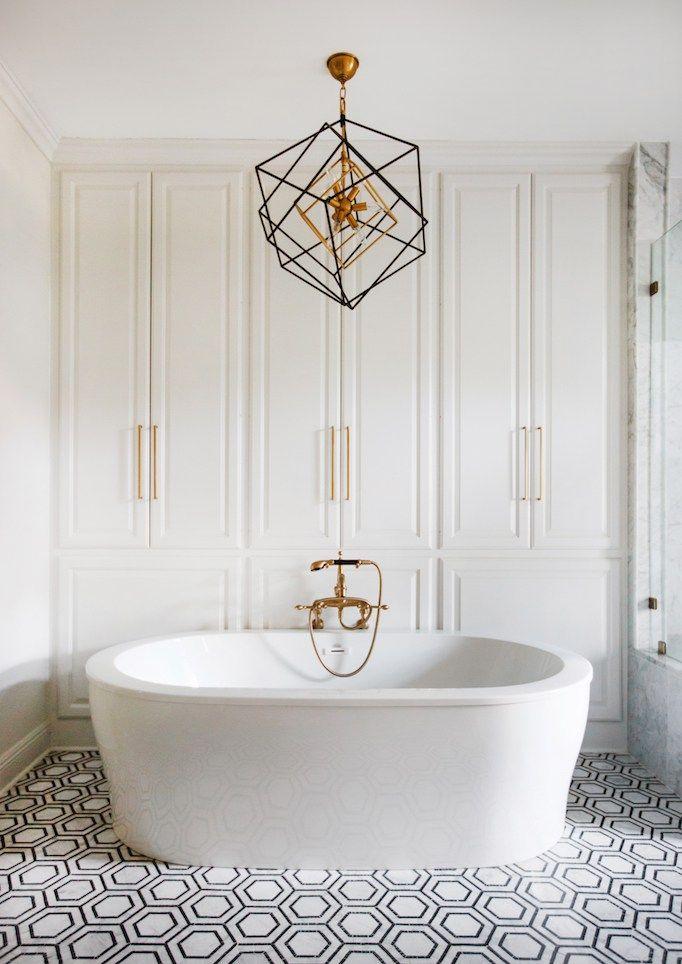 White Bathroom085