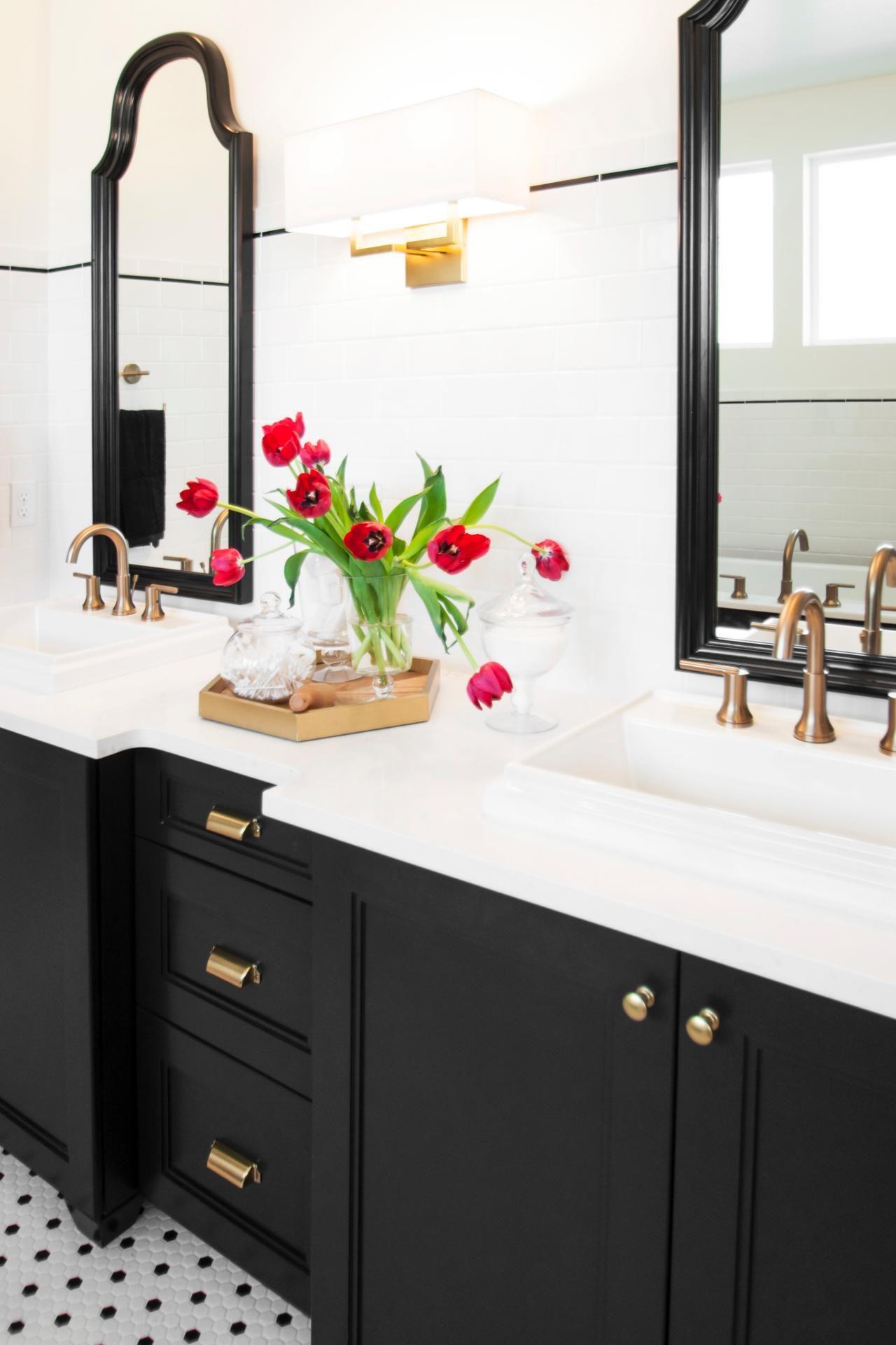 White Bathroom089