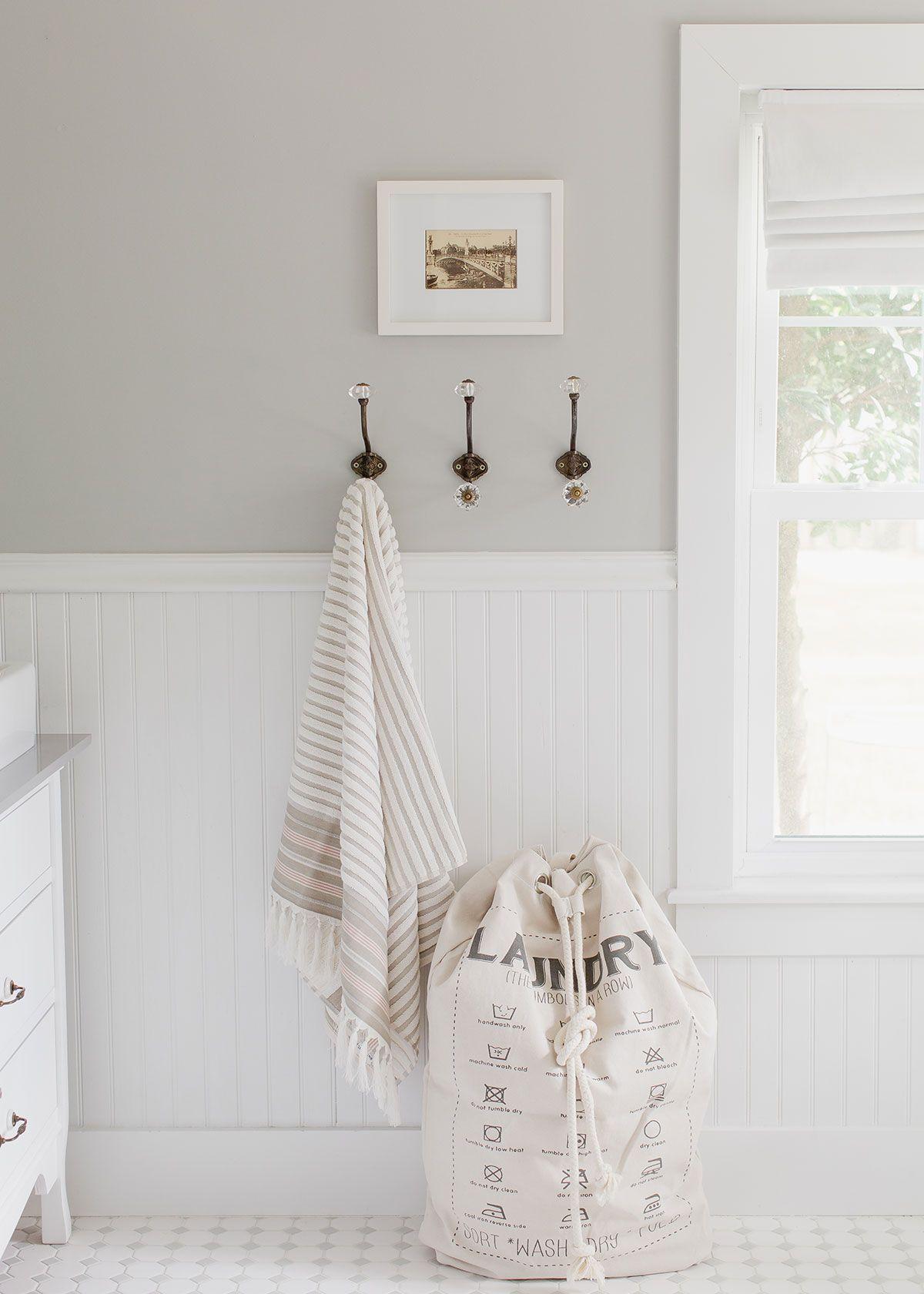 White Bathroom092