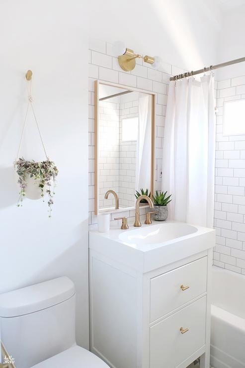 White Bathroom159
