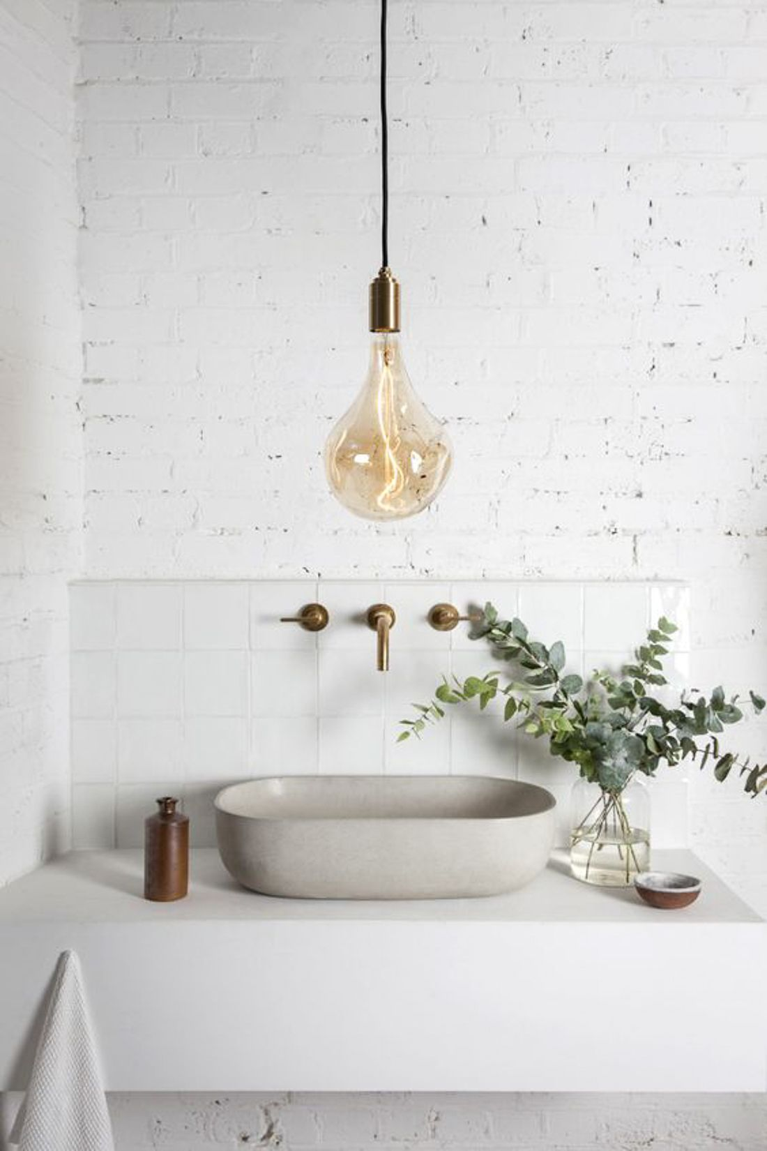 White Bathroom172