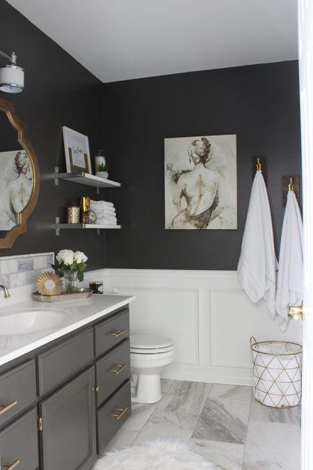 White Bathroom191