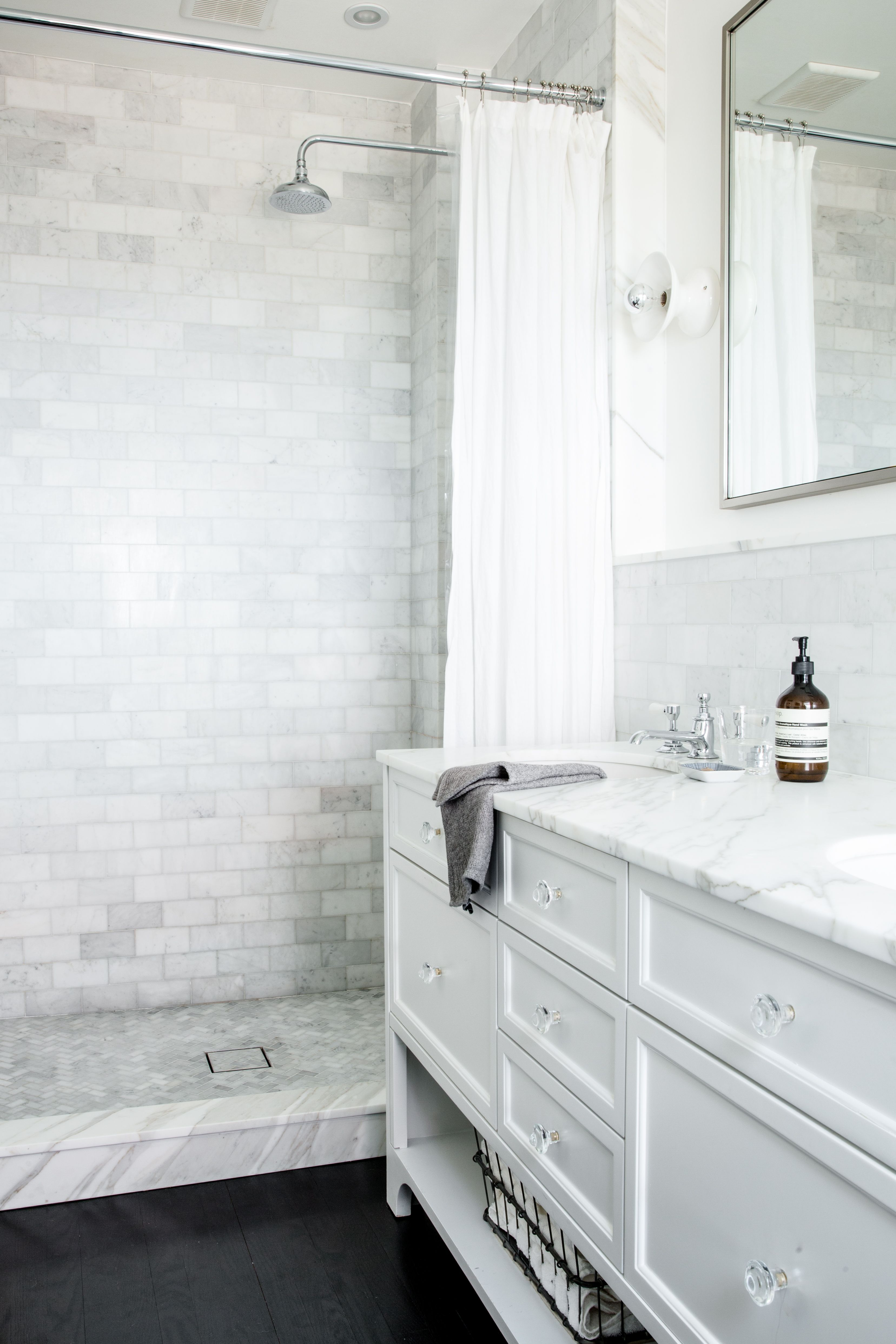 White Bathroom235