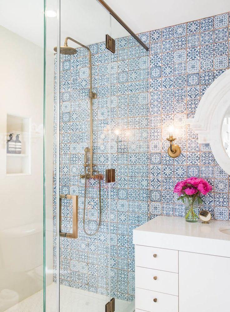 White Bathroom242