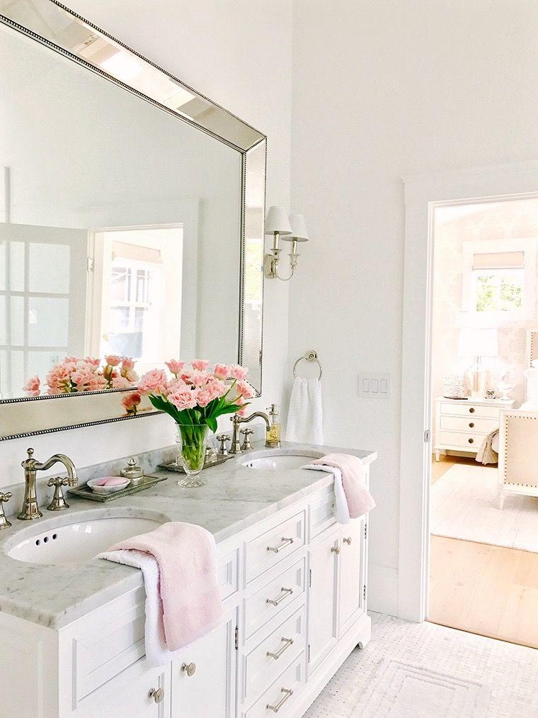 White Bathroom264