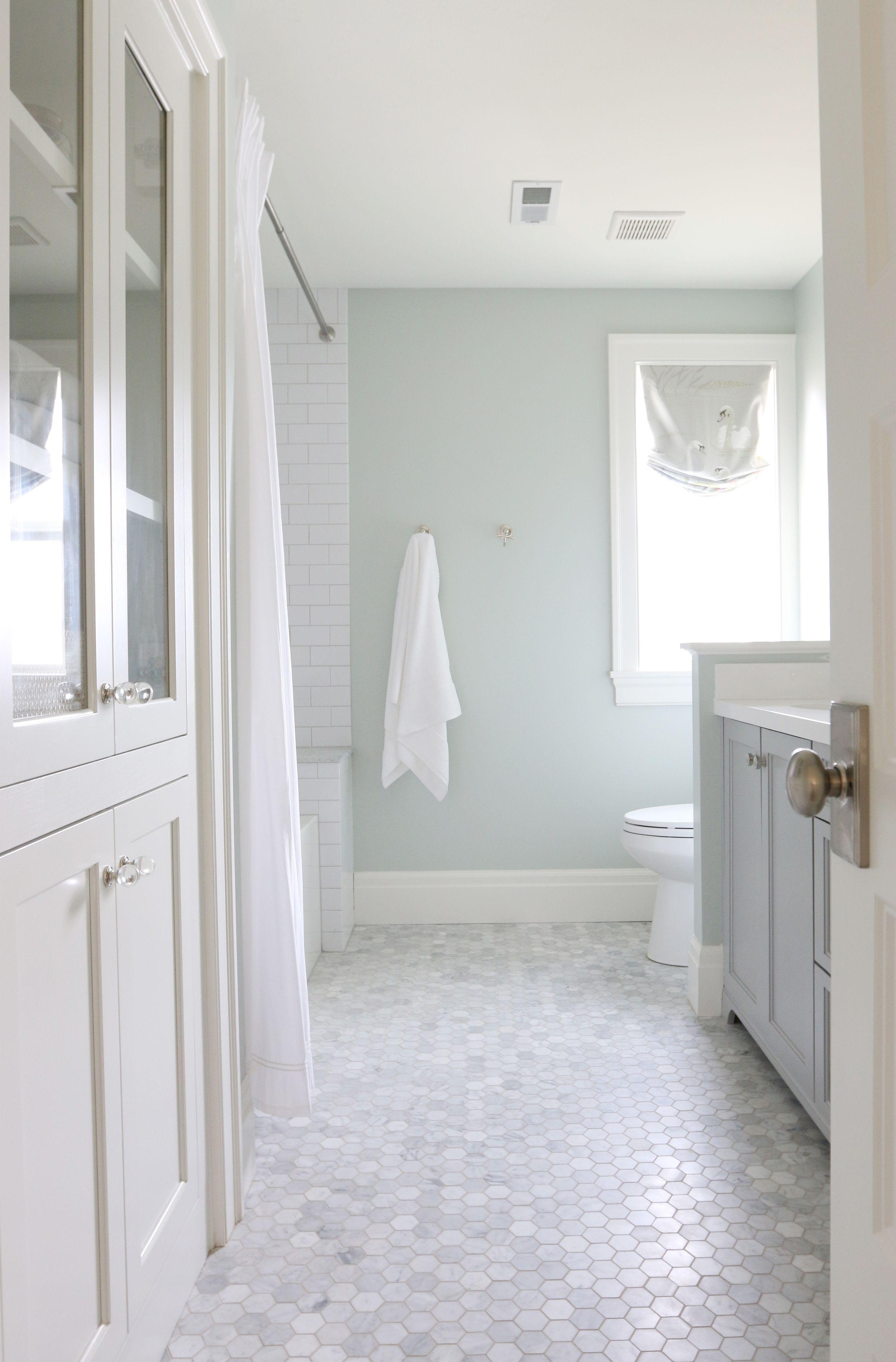 White Bathroom271