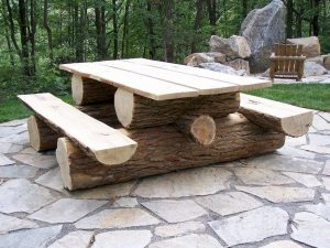 Selecting Between Various Types of Wooden Furniture 89
