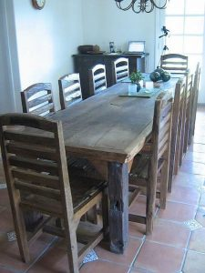 Selecting Between Various Types of Wooden Furniture 108