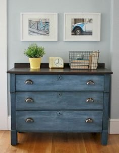 Selecting Between Various Types of Wooden Furniture 110