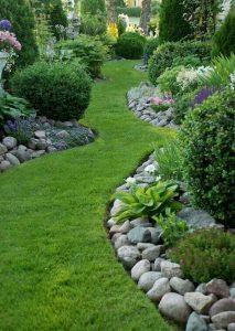 Frontyard Landscaping002