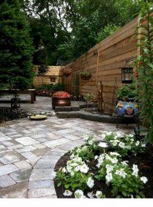 Frontyard Landscaping010