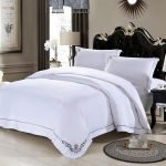 Black and White Bedding Sets For Your Dramatic Bedroom 2