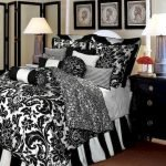 Black and White Bedding Sets For Your Dramatic Bedroom 8