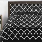 Black and White Bedding Sets For Your Dramatic Bedroom 9