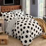 Black and White Bedding Sets For Your Dramatic Bedroom 13