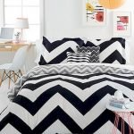 Black and White Bedding Sets For Your Dramatic Bedroom 17