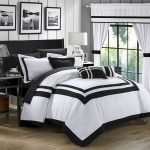 Black and White Bedding Sets For Your Dramatic Bedroom 35