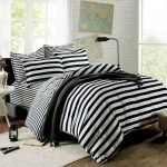 Black and White Bedding Sets For Your Dramatic Bedroom 36