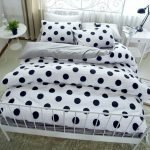 Black and White Bedding Sets For Your Dramatic Bedroom 43