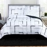 Black and White Bedding Sets For Your Dramatic Bedroom 49