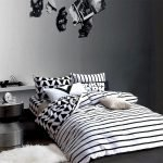 Black and White Bedding Sets For Your Dramatic Bedroom 56