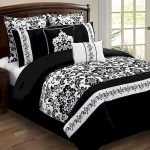 Black and White Bedding Sets For Your Dramatic Bedroom 57