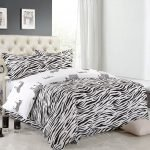 Black and White Bedding Sets For Your Dramatic Bedroom 58