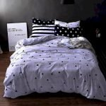Black and White Bedding Sets For Your Dramatic Bedroom 84