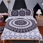 Black and White Bedding Sets For Your Dramatic Bedroom 93