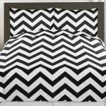Black and White Bedding Sets For Your Dramatic Bedroom 95