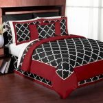 Black and White Bedding Sets For Your Dramatic Bedroom 98