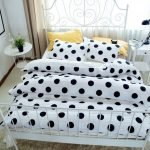 Black and White Bedding Sets For Your Dramatic Bedroom 100