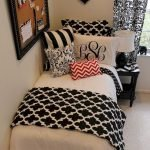 Black and White Bedding Sets For Your Dramatic Bedroom 108