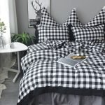 Black and White Bedding Sets For Your Dramatic Bedroom 112