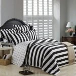 Black and White Bedding Sets For Your Dramatic Bedroom 118