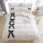 Black and White Bedding Sets For Your Dramatic Bedroom 125