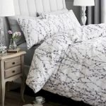 Black and White Bedding Sets For Your Dramatic Bedroom 136