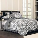 Black and White Bedding Sets For Your Dramatic Bedroom 137