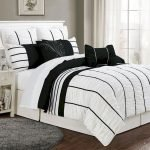 Black and White Bedding Sets For Your Dramatic Bedroom 141