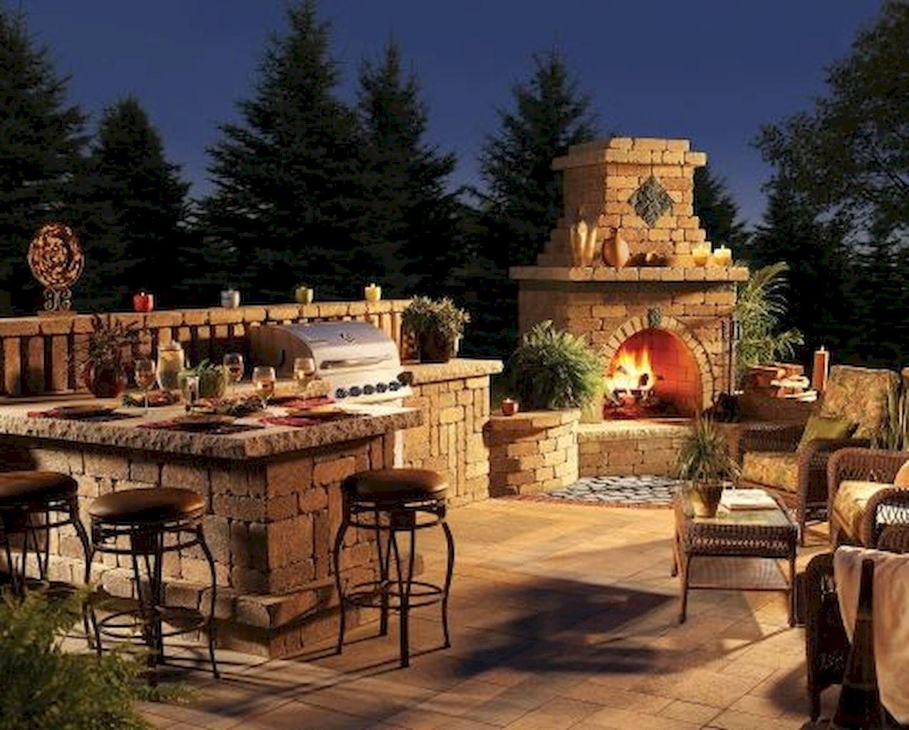 Backyard Fireplace005