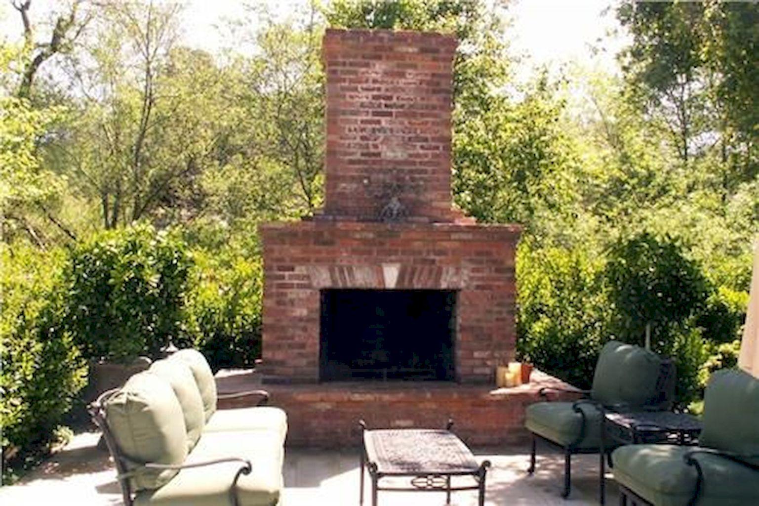Backyard Fireplace006
