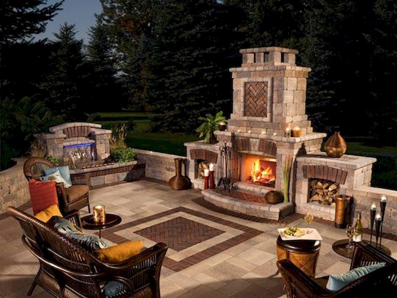 Backyard Fireplace009